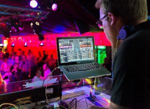 DJ festival oordoppen