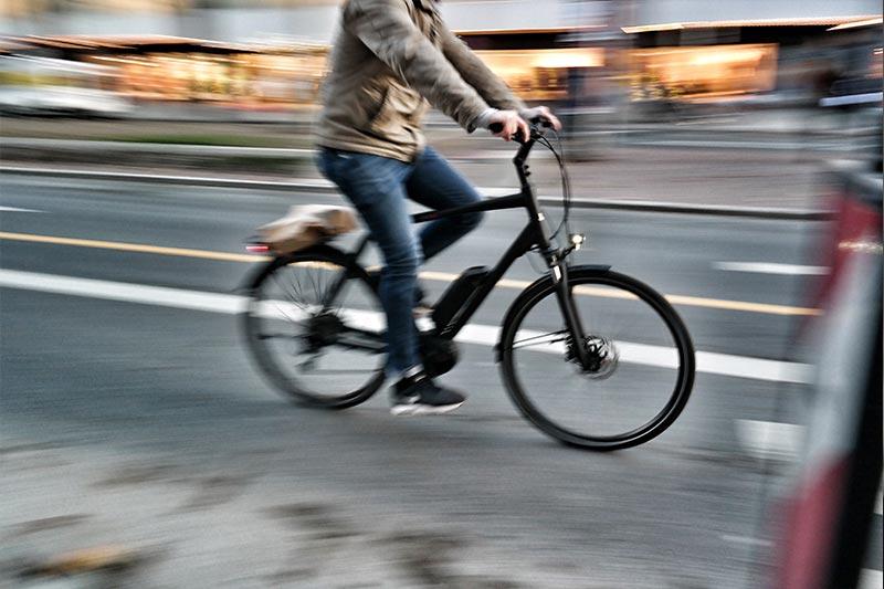 Hoeveel kilometer gaat een accu van een elektrische fiets mee?